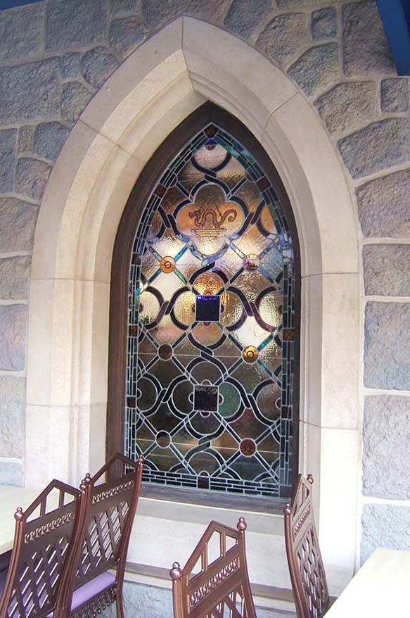 STAINED GLASS WORKS IN DISNEYLAND, HONGKONG (4)